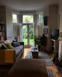 My flat In Autumn. Room Ideas Bedroom, Room Decor, Dream Apartment, My Dream Home, Dream Life, Room Inspiration, Living Spaces, Living Rooms, Sweet Home
