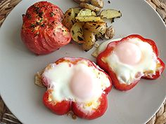 Organic peppers used as edible egg rings - cooking instructions from Front Door Organics.