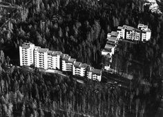 Suvikumpu buildings designed by Reima Pietilä in Tapiola. Photo from www. Building Design, Finland, 1960s, Funny Jokes, Community, Entertaining, Places, Buildings, War