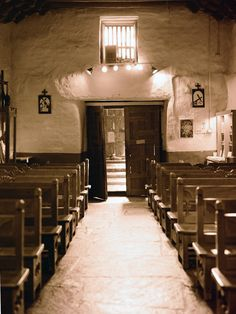El Santaurio de Chimayo, New Mexico Pray in the chapel again New Mexico Homes, New Mexico Usa, Old Churches, Catholic Churches, New Mexico Santa Fe, Travel New Mexico, Unique Weddings, Intimate Weddings, Albuquerque News