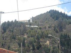 Riscos de la laguna: Lugar ideal para realizar rapel y en la cima poder apreciar el Valle de Ubate, La laguna y el casco urbano del municipio.