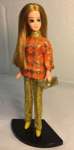 Topper-Dawn-Doll-Strawberry-Blonde-In-2PC-Mod-Miss-Metallic-Outfit-w-Acces-Stand