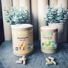 Voici mes 2 compléments alimentaires qui m'aide beaucoup durant ma cure.  Pissenlit ➡️ il stimule l'élimination urinaire grâce à sa richesse en potassium. Il est efficace en cas de rétention d'eau.  Ginseng ➡️ il va lutter contre la fatigue et le stress. Il augmente la performance physique. Soutien pour le bon fonctionnement du système immunitaire.  #complementalimentaire #onatera #ginseng #pissenlit #natform #superaliment #retentiondeau #curedetox #detoxification @onatera_com Aide, Superfoods, Voici, Fatigue, Cas, Physique, Stress, Instagram, Immune System