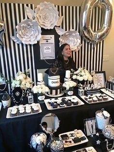 55 ideas birthday party ideas for adults women decoration galleries Chanel Party, Chanel Birthday Party, 70th Birthday Parties, Adult Birthday Party, Birthday Woman, Birthday Ideas, Birthday Table, Birthday Photos, Birthday Party Decorations For Adults