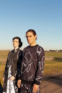 Melbourne based label HEW CLOTHING summer 2018/2019 'Faces' a sustainable collection made with organic blends certified by GOTS.