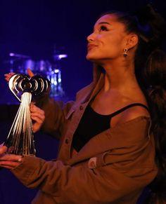 Image about love in Ariana G. Ariana Grande Cute, Ariana Grande Photoshoot, Ariana Grande Pictures, Justin Bieber, Ariana Video, Ariana Grande Wallpaper, Dangerous Woman, Thank U, Queen