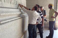 Arbeiten am Denkmal in Portugal