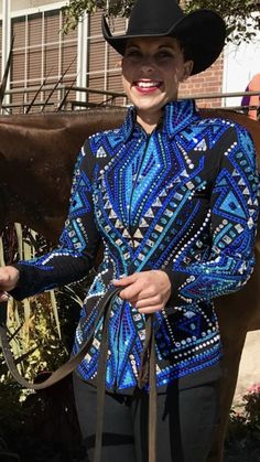 Source by isagessinger outfit Western Show Shirts, Western Show Clothes, Horse Show Clothes, Western Wear, Riding Clothes, Equestrian Style, Equestrian Fashion, Showmanship Jacket, Dress Outfits