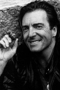 Armand Assante Looks good at any age