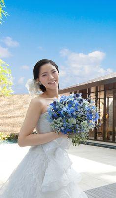Oriental Hotel, One Shoulder Wedding Dress, Wedding Dresses, Fashion, Bride Dresses, Moda, Bridal Gowns, Wedding Dressses, La Mode