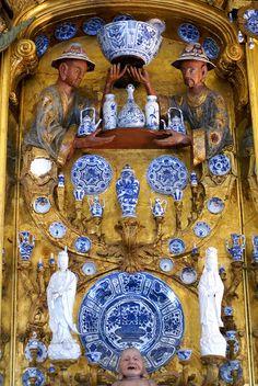 Berlin, Schloss Charlottenburg, Porzellankabinett (Charlottenburg Palace, porcelain cabinet) Angelique de Paris Sunshine Board
