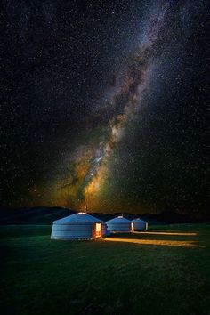 Yurts in Mongolia. I have always been fascinated with Mongolia Beautiful World, Beautiful Places, Beautiful Sky, Amazing Places, Night Sky Photos, Photos Voyages, To Infinity And Beyond, Milky Way, Oh The Places You'll Go