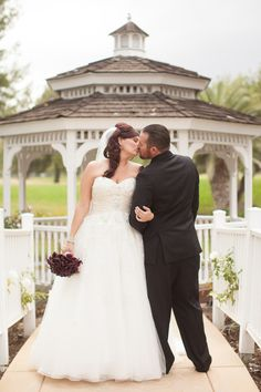 {Real Plus Size Wedding} Purple Ombre California Wedding | Becca Rillo Photography