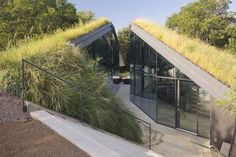 Austin Architect Bercy Chen's designed a modern version of the traditional pit house built by ancient Pueblo and Cherokee Indians.