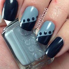 Black-blue and gray-blue dot nail art Fingernail Designs, Nail Polish Designs, Nail Art Designs, Stylish Nails, Trendy Nails, Fancy Nails, Diy Nails, Easy Nail Art, Nail Art Diy