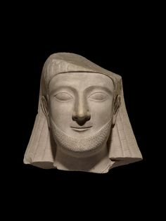 Limestone statue of Cypriot worshipper His hairstyle has been done in Egyptian style. The head is 39cm high. Cypriot, Classical Period, around 550 BC. Found on Cyprus, Dhali, sanctuary of Apollo. Source: British Museum