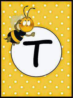 Kız ya da erkek bebeğinizin doğum günü süslemek için kullanacağınız arı temalı banner harflerini A4 kağıdına yatay olarak 2 tane olacak...