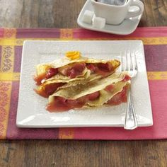 Sweet-Tart Rhubarab Crepes.......sounds like spring adn my mouth is watering just thinking about fresh rhubarab