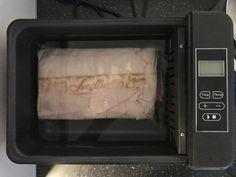 Flæskesteg sous vide  2,3kg fik 9 timer og skal have 60grader, og i ovnen på grill til kernetemperaturen er på 64 grader