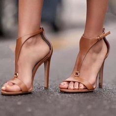Stilettos, Pumps Heels, Stiletto Heels, Flats, Strappy Heels, Low Heels, High Heels Outfit, Black High Heels, Heels Outfits