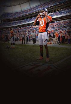 On the sidelines Denver Broncos Players, Denver Broncos Womens, Broncos Cheerleaders, Denver Broncos Football, Go Broncos, Broncos Fans, Football Is Life, Denver Brocos, Emmanuel Sanders