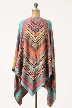 ooooh beautiful poncho