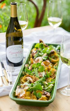 #LeopardsLeap #culinaria #wine #chenin #Grenache #winepairing #foodstyling #foodphotography #chicken #pineapple #salad
