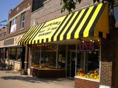 Ingram's Busy Bee Bakery in Downer's Grove, IL - Best cakes, eclairs, and apple squares anywhere around! Downers Grove Illinois, Apple Square, Beehive Design, Living Etc, Busy Bee, Places To Eat, Bakery, Sweet Home, Food And Drink