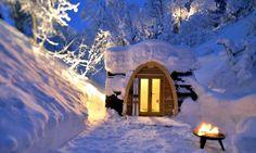 かまくらのようなスイスのエコな小型宿泊施設「POD HOTEL」