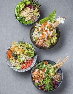 Le Poke bowl, le plat venu d'Hawaii auquel vous n'échapperez pas – ThePins Healthy Cooking, Healthy Eating, Cooking Recipes, Healthy Recipes, Poke Bowl, Clean Eating, Stop Eating, Good Food, Yummy Food