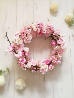 八重咲の桜リース|フラワー・リース|工房 月|ハンドメイド通販・販売のCreema
