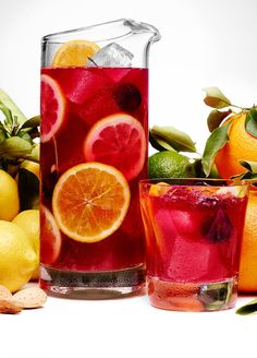 Amaretto Sangria #recipe This sounds awesome!!
