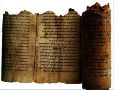 Los Manuscritos del Mar Muerto o Rollos de Qumrán (llamados así por hallarse los primeros rollos en una gruta situada en Qumrán, a orillas del mar Muerto) son una colección de casi 800 escritos de ...