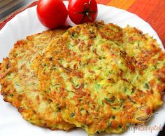 Courgette and potato pancakes with bacon Top-Rezepte.de - The combination of potatoes and zucchini is a bite to eat. Delicious zucchini and potato pancakes w - Zucchini Corn Recipe, Czech Recipes, Ethnic Recipes, Healthy Meals For Kids, Healthy Recipes, Easy Dinner Recipes, Easy Meals, Vegetable Pancakes, Potato Pancakes