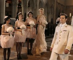 Veja o vestido de noiva de Blair Waldorf, a madrinha Serena Van Der Woodsen e detalhes do casamento de Gossip Girl | Chic - Gloria Kalil: Moda, Beleza, Cultura e Comportamento
