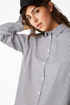 <p>We're taking u to tie land with this crisp button down shirt and its smart little tie sleeve cuffs.</p> <p>colour:<em> Bright skies blue<br /></em>