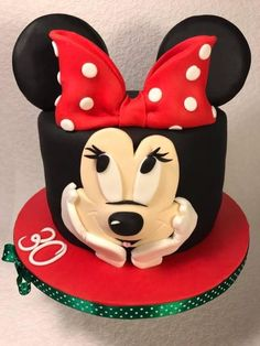 Minnie Mouse - Cake by Andrea Mickey And Minnie Cake, Minnie Mouse Cake, Mickey Party, Mickey Mouse And Friends, Brithday Cake, Chocolates, Chocolate Strawberry Cake, Funny Cake, Caking It Up