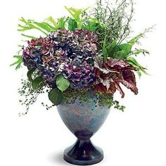 When my white hydrangeas turn pinkish, when they work? Create a Stunning Fall Hydrangea Arrangement - Southern Living Hydrangea Potted, Pruning Hydrangeas, Hydrangea Arrangements, Flower Arrangements Simple, Fall Arrangements, White Hydrangeas, Fall Bouquets, Table Flowers, Begonia