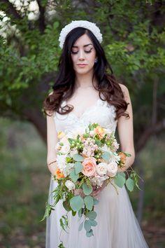peach-and-gold-wedding-ideas-059