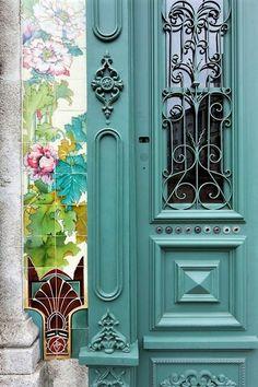 Forrester Building, Porto, Portugal S. Porte Design, Door Design, Cool Doors, Unique Doors, Knobs And Knockers, Door Knobs, Entrance Doors, Doorway, Setubal Portugal