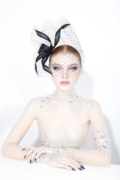Galleries of haute couture and ready to wear hat collections and handbags. Philip Treacy Hats, Wedding Headpieces, Hat Hairstyles, Dress Hats, Aw17, Headdress, Hats For Women, Fascinator, Veil