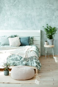 Cozy Bedroom Ideas Your bedroom should be a reflection of coziness and comfort, which can mean a variety of things based upon preference and style. People also want bedrooms to be crisp and clean, … Cozy Bedroom, Bedroom Decor, Cute Bedroom Ideas, Aesthetic Room Decor, Deco Design, Dream Rooms, House Design, Decoration, Interior Design