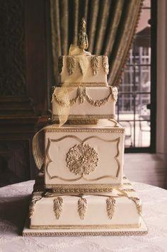 Ornate and beautiful cake for a special couple #pninatornai #weddingcake #bridal