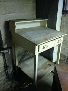 Potting station? $35 antique writing / blueprint desk