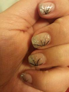 Silver and black nails by Cara