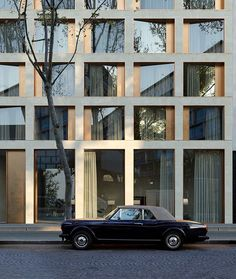 Chartier Dalix - ArtefactoryLab Best Picture For facade For Your Taste You are looking for something, and it is going to tell you exactly what you are looking for, and you didn't find that picture. Building Facade, Building Design, Facade Design, Exterior Design, Habitat Collectif, Luxury Hotel Design, Concrete Facade, Metal Facade, Facade Architecture