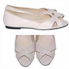 #summer #sandals #flats #shoes Fashion Statements, Summer Sandals, Summer Of Love, Dress Shoes, Flats, Dresses, Loafers & Slip Ons, Vestidos, Flat Shoes