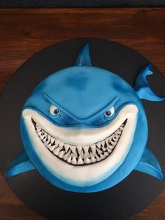 Awesome Image of Shark Birthday Cake . Shark Birthday Cake Bruce The Shark F… Super Bild von Shark Birthday Cake. Hai-Geburtstagstorte Bruce The Shark Finding Nemo Cakes In 2018 Shark Cupcakes, Shark Cake, Shark Birthday Cakes, Themed Birthday Cakes, 5th Birthday, Birthday Ideas, Finding Nemo Cake, Shark Party, Cakes For Boys
