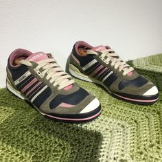 DIESEL ZEUS brown/pink sneakers .  38 7.5 Minimal wear . CLEAN . No issues Diesel Shoes