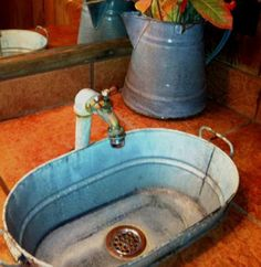 Great idea for an outdoor/garden sink! by Charnea Bird Great idea for an outdoor/garden sink! Outdoor Garden Sink, Outdoor Sinks, Outdoor Gardens, Garden Table, Wash Tub Sink, Wash Tubs, Creation Deco, Potting Sheds, Potting Benches